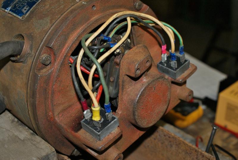 Recherche infos sur alternateur avec induit au rotor 5KVA Triphasé Altern14