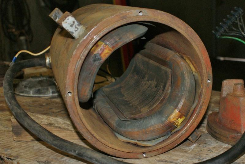 Recherche infos sur alternateur avec induit au rotor 5KVA Triphasé Altern16