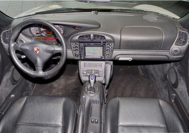 Futur porschiste a besoin de vos avis sur un Boxster 2004 en Porsche Zentrum Boxste15