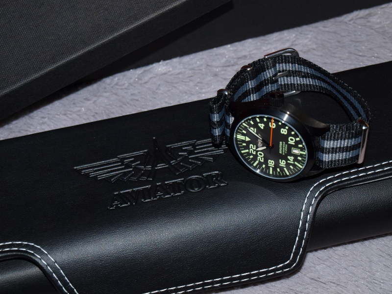 [Revue] Aviator 24-hour Watch Black (modifiée) P1257812