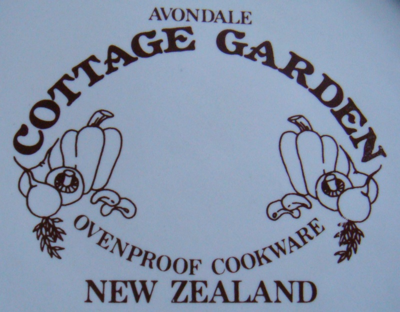 Avondale Cottage Garden backstamp Dsc02110