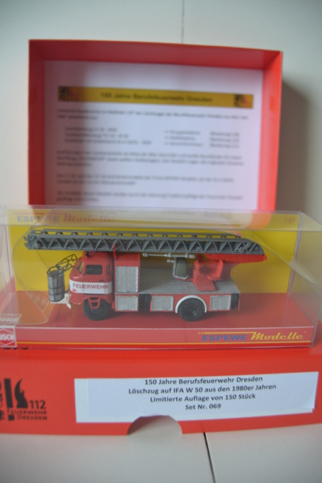 W50 Sondermodelle 150 Jahre Feuerwehr Dresden Dsc_0010