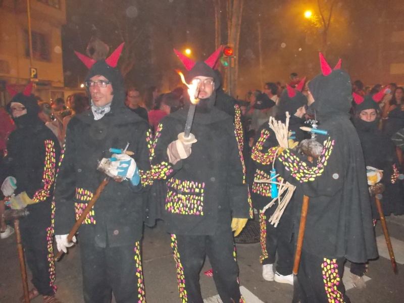 Традиционные праздники и фиесты Европы - Страница 6 Dscn0911