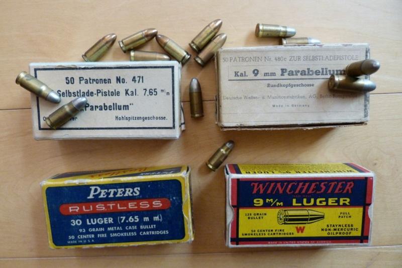 Les étuis et accessoires des Luger commerciaux employés aux USA. 00810
