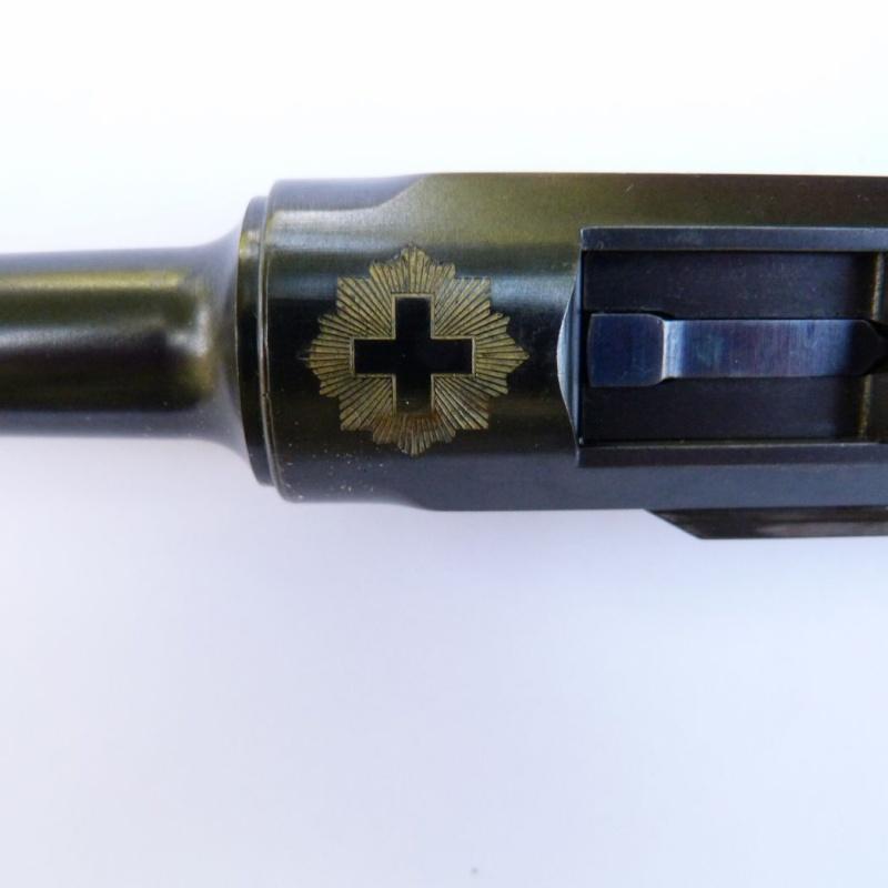 Les pistolets Parabellum suisses, modèles DWM 1900. Luger_16