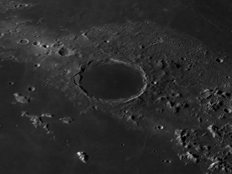 La Lune - Page 21 Plato11
