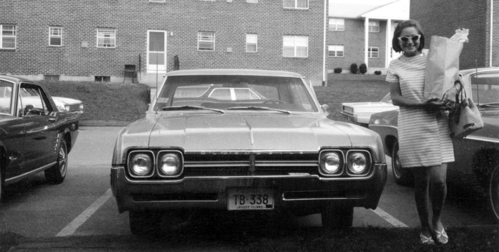 Vieille photo qui inclus des Mustang 65-73  - Page 6 18797310