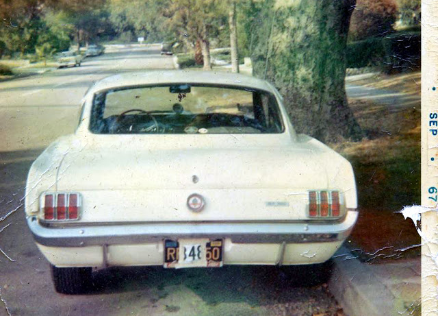 Vieille photo qui inclus des Mustang 65-73  - Page 6 310