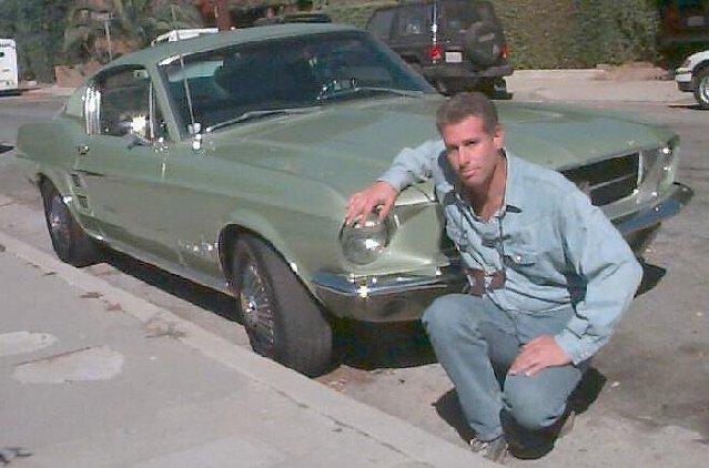 Vieille photo qui inclus des Mustang 65-73  - Page 6 67mint10