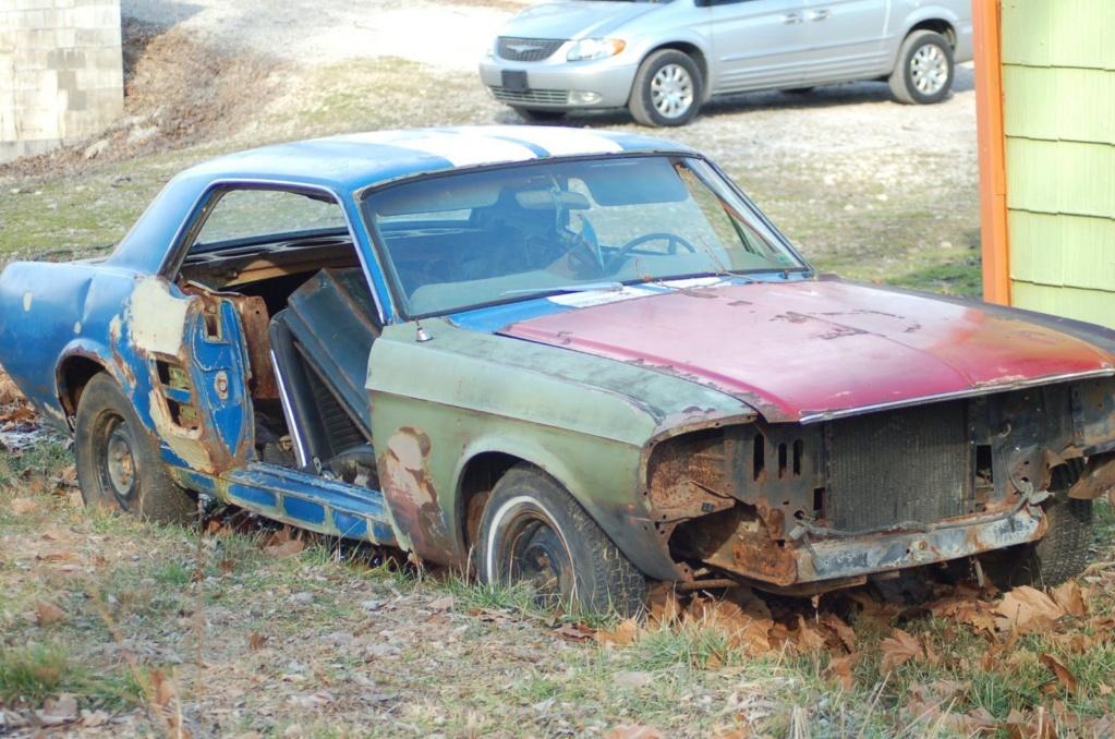 D'autre photos d'épave de Mustang 1967 1968 7f01t110