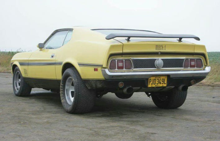 Vieille photo qui inclus des Mustang 65-73  - Page 6 89776310