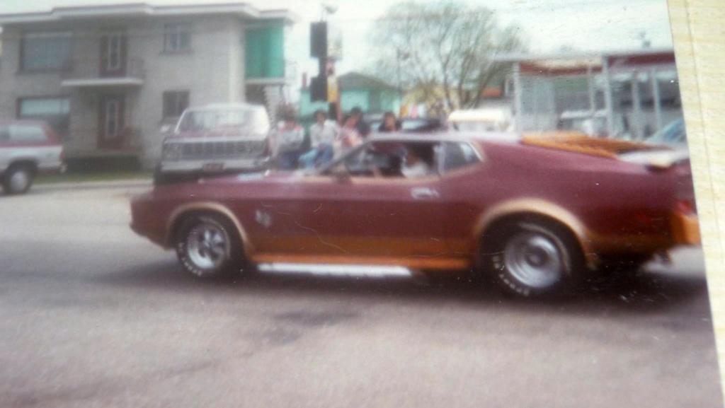 Vieille photo qui inclus des Mustang 65-73  - Page 6 90793010