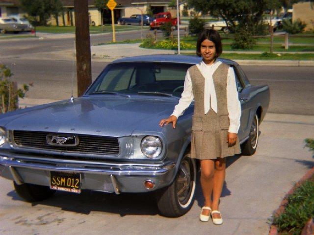 Vieille photo qui inclus des Mustang 65-73  - Page 7 Aout7010