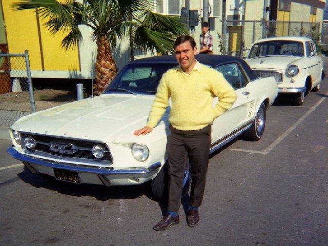 Vieille photo qui inclus des Mustang 65-73  - Page 7 Avril610