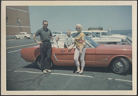 Vieille photo qui inclus des Mustang 65-73  - Page 7 Cab_6410