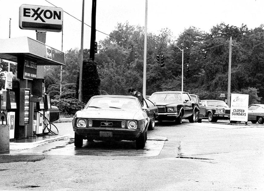 Vieille photo qui inclus des Mustang 65-73  - Page 6 Image_10