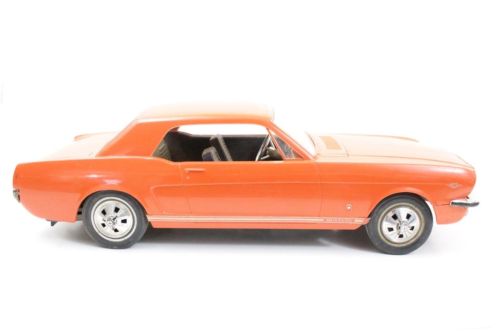 Jouet: Mustang coupe1966 par AMF Wen-Mac S-l16037