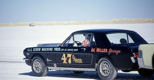 Vieille photo qui inclus des Mustang 65-73  - Page 8 Safe_i10