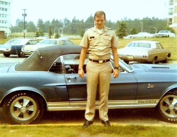 Vieilles photos qui inclus des Shelby Shelby19