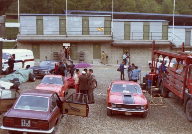 Vieille photo qui inclus des Mustang 65-73  Spa_7010