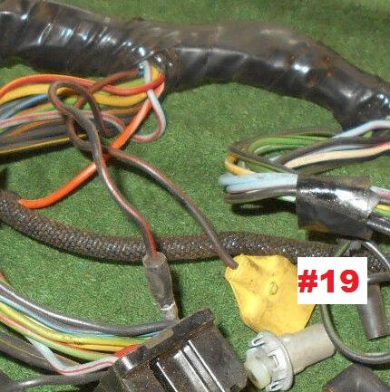 (21) Option, volant inclinable et à dégagement vers la droite pour Mustang 1968 (tilt away) Underd15