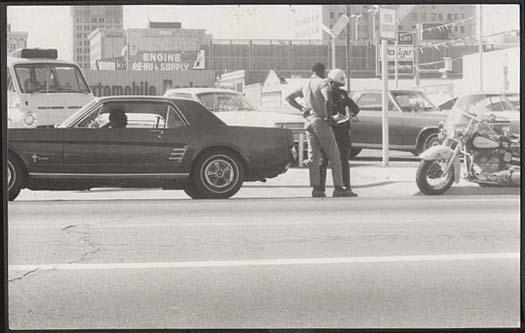 Vieille photo qui inclus des Mustang 65-73  - Page 7 Vintag14