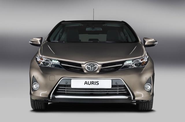 Toyota Auris 2 05362210