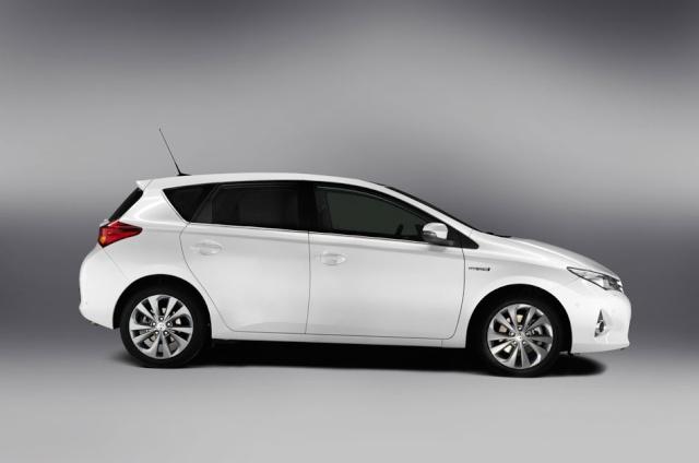 Toyota Auris 2 05362212