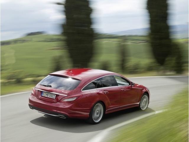 la Mercedes-Benz CLS reprend une longueur d'avance 39615910