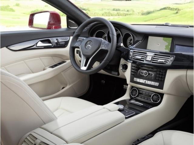 la Mercedes-Benz CLS reprend une longueur d'avance 39616011
