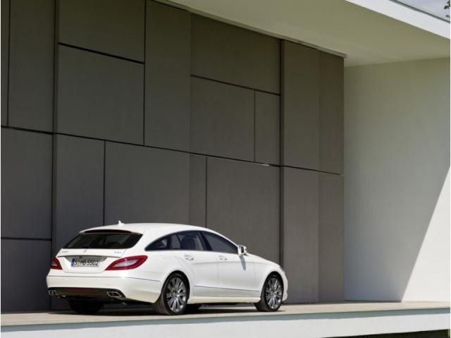 la Mercedes-Benz CLS reprend une longueur d'avance 39616310