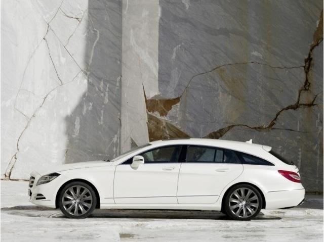 la Mercedes-Benz CLS reprend une longueur d'avance 39616410