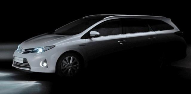Toyota présentera un break Auris au Mondial 43554710