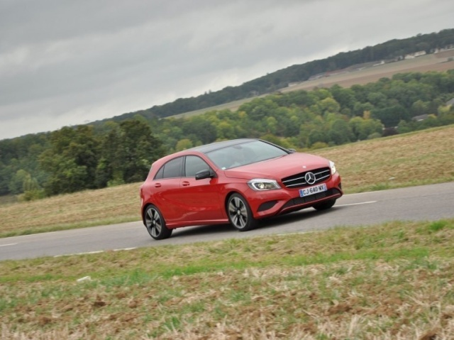 Nouvelle Mercedes Classe A (W176) 46006910