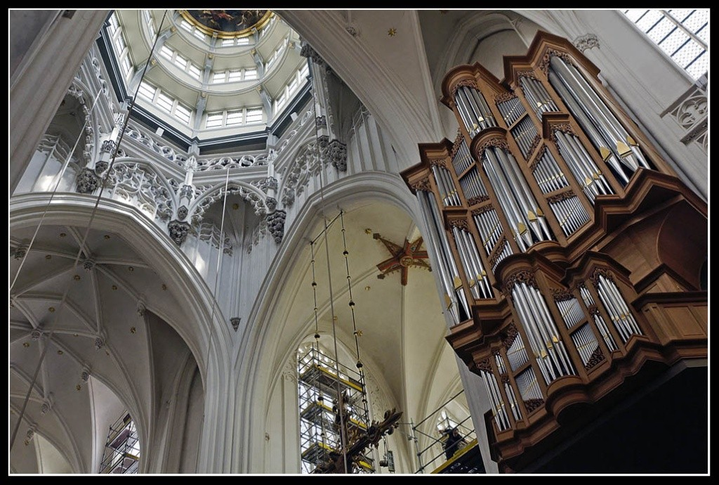 Cathédrale Notre-Dame d'Anvers, Belgique [Metzler, 1993] _dsc5510