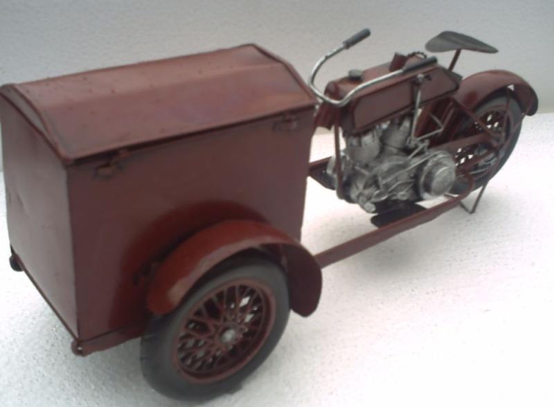 Jouets, jeux anciens et miniatures sur le monde Biker - Page 6 Harley11