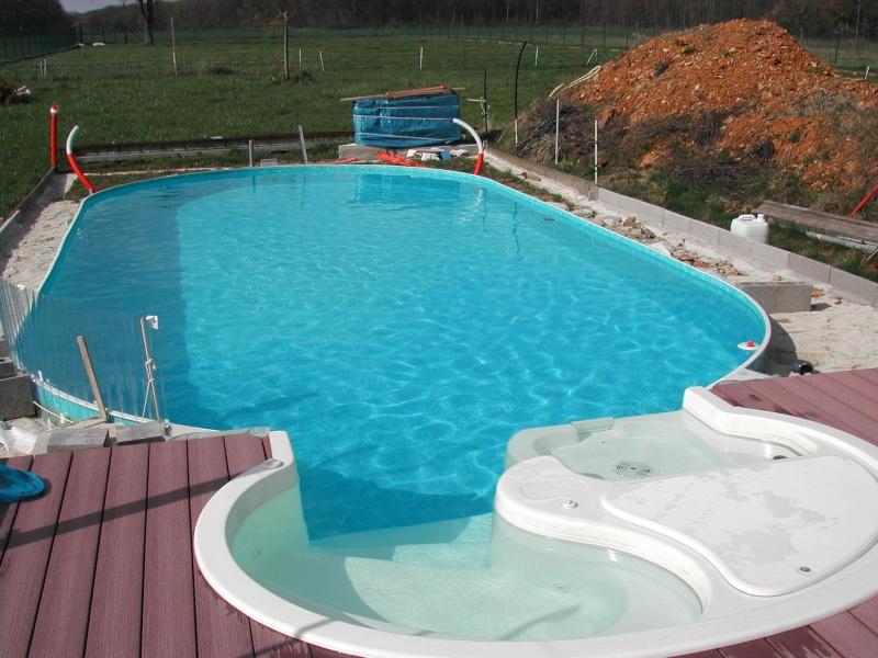 Est-il obligatoire de couvrir sa piscine pour l'hivernage ? Dscn1610