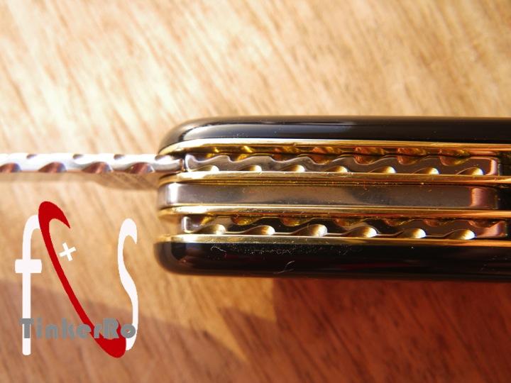 Essai de guillochage pour un couteau complet - Page 2 Pa_410