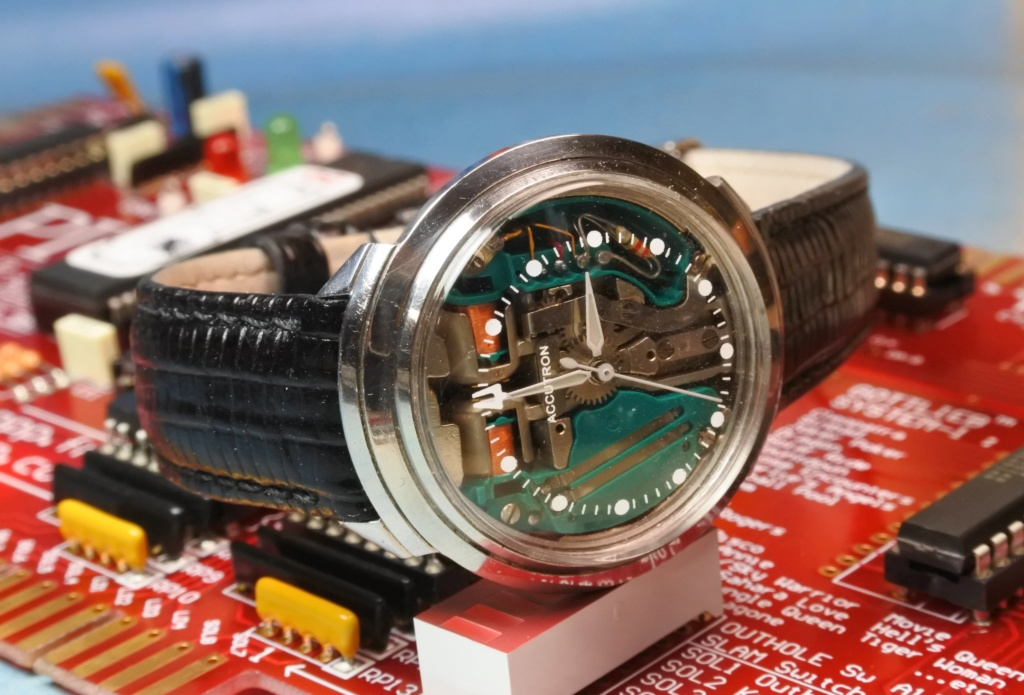 citizen - LE FIL ELECTRIQUE – LCD, Diapason, LED, Quartz, piles... à l'heure ! - Page 13 Dsc_0429