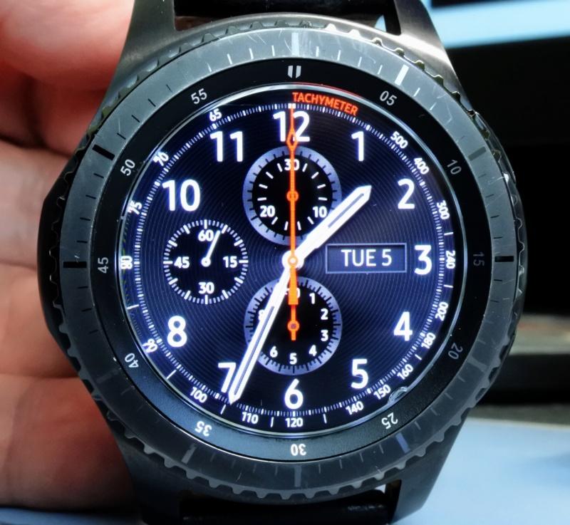 Quel intérêt portez-vous aux montres connectées ?   - Page 16 Dsc_3011