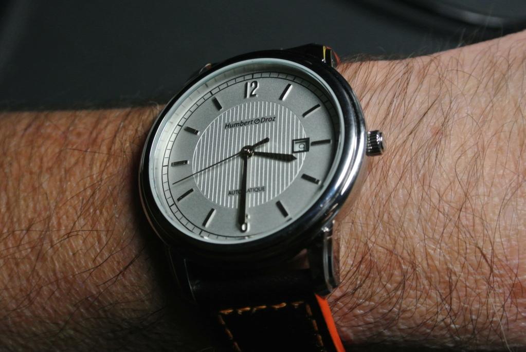Humbert Droz Nouvelle marque Française avec ses 4 générations d'horlogers  - Page 3 Dsc_5510