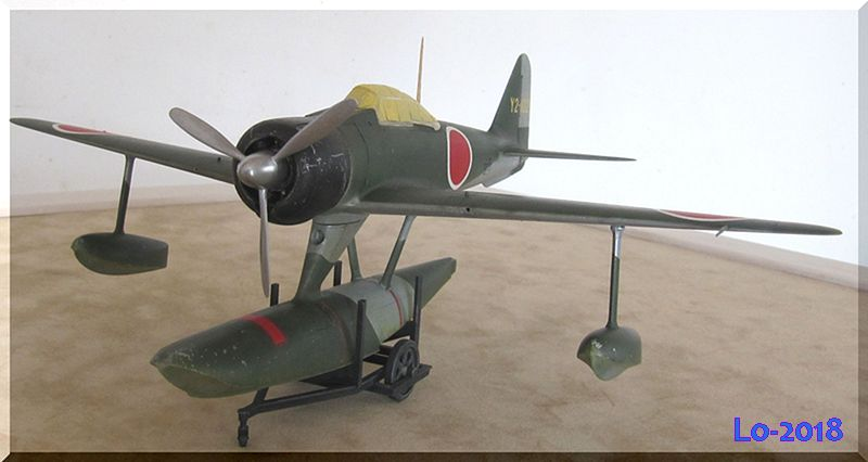 A6M2-N Rufe - Tamiya - 1/48ème Img_0110