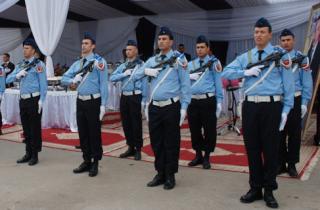 قانون جديد للأمن الوطني يرخص إستعمال السلاح في وجه المجرمين  Po110