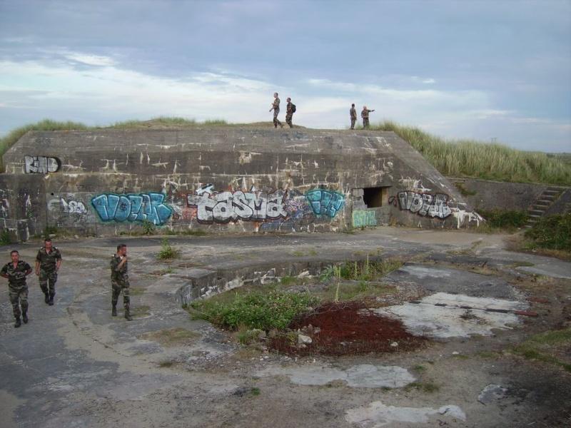 [Histoires et Histoire] Fortifications et ouvrages du mur de l'atlantique (Sujet unique) - Page 4 Imgp3310