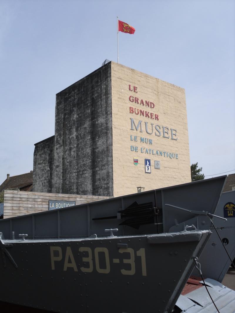 [ Histoires et histoire ] Fortifications et ouvrages du mur de l'Atlantique - Page 3 Ouistr10