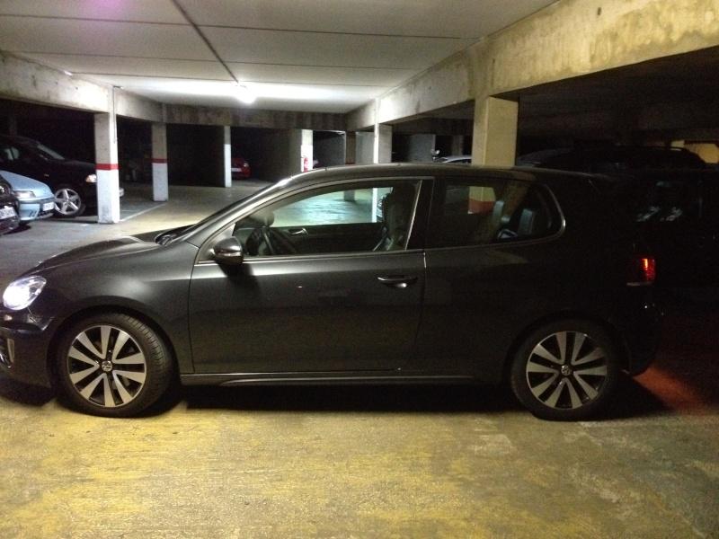 Ma Golf GTD 2010, trois portes, gris carbone...bi xenon, toe....caméra de recul Img_2916