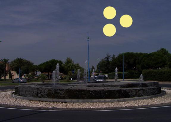 1990: le 17/08 à 21h15 - Lumière étrange dans le ciel  - saint cyprien plage (66)  - Page 2 Lumier13