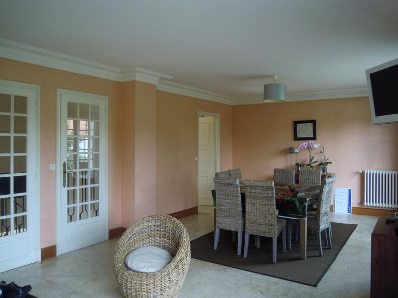 Marbre beige au sol du salon-séjour, besoin d'aide pour éviter le pire !! Dscn1010