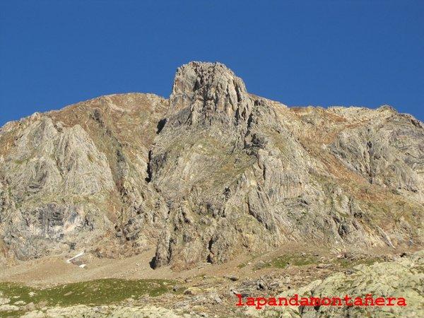 20120809 - PIRINEOS - GARMO NEGRO (3.051 m) A0512