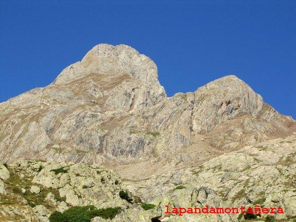 20120809 - PIRINEOS - GARMO NEGRO (3.051 m) A0612